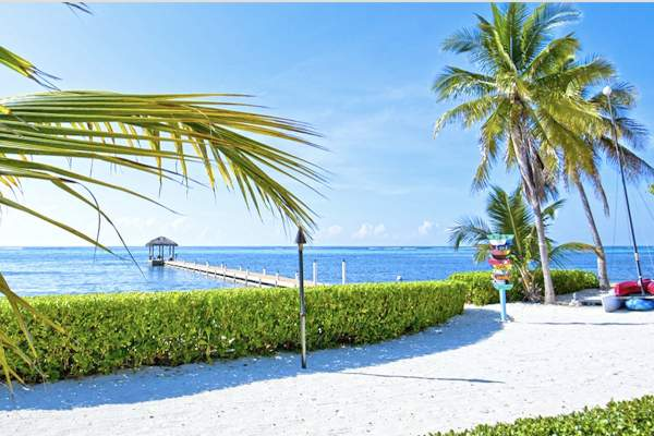 Right on the beach with a dock leading to a gazebo Faroway is an ideal Cayman destination
