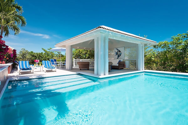 Etoile De Mer pool with furnished gazebo