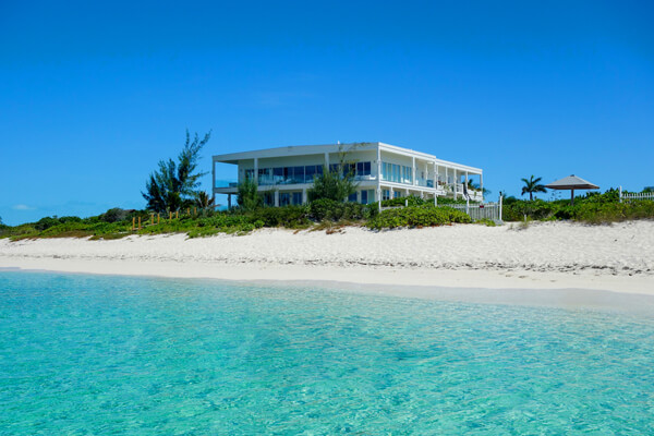 Impulse Beach Estate on the world famous Grace Bay Beach