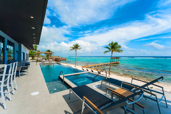Evolution, Cayman villa