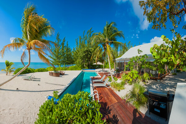 White Cottage is a great beachfront villa
