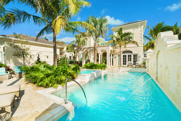 The elegant Shore Club Villas feature private swimming pools