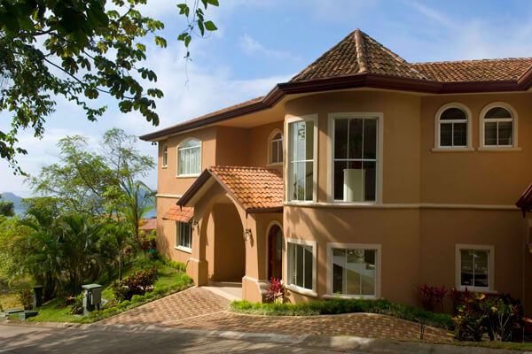 Casa Pacifica is located in the hills of the Los Suenos Resort