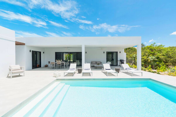 Tradewinds Villa is located near Grace Bay Beach