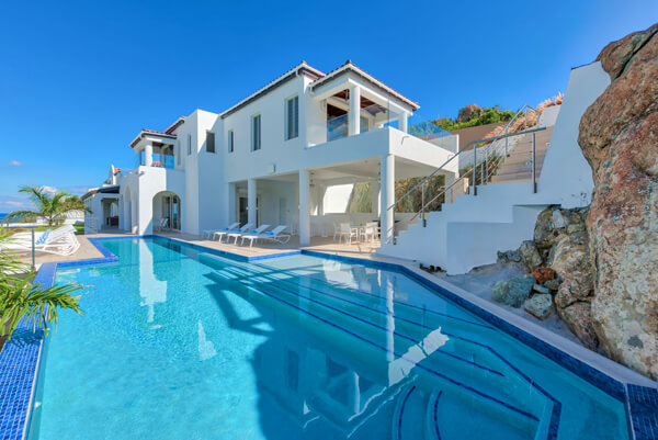 Amalia Villa is located on the Dutch side of St. Maarten and overlooks the beach of Guana Bay