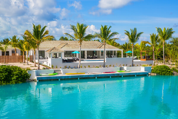 White Coral Villa is located right on the Leeward Canal