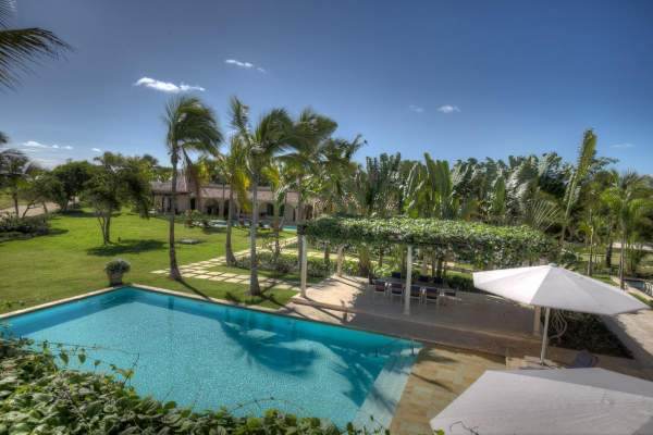 Pool area for Arrecife Villas