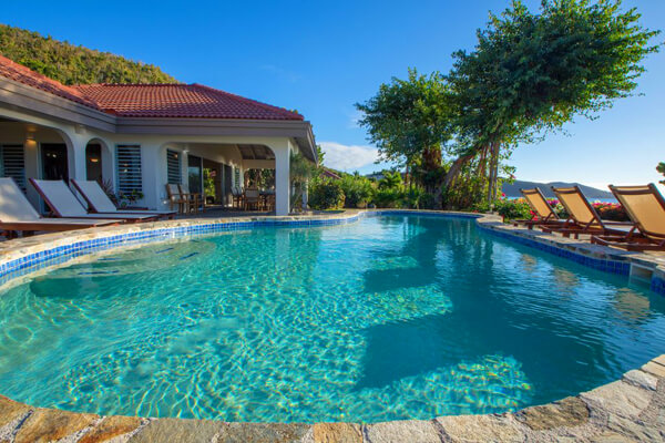 Villa on the Beach is located beachfront on Mahoe Bay