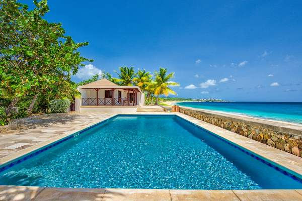 Beautiful beachfront pool at Blue Beach Villa