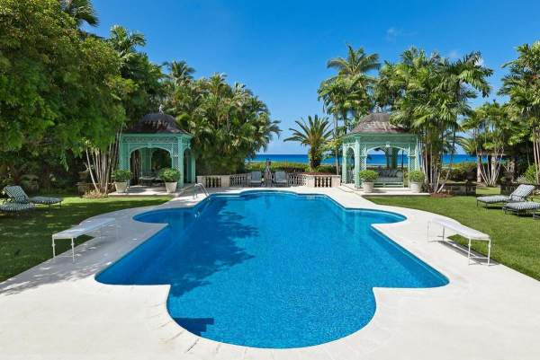 Luxurious pool at Leamington Pavilion just steps away from the ocean