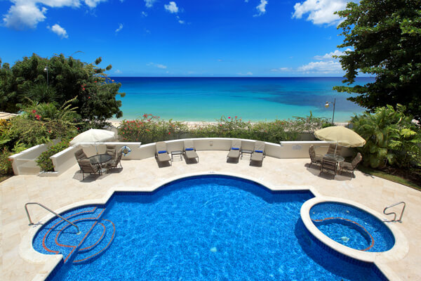 Fosters House Villa is located right on Mullins Bay Beach