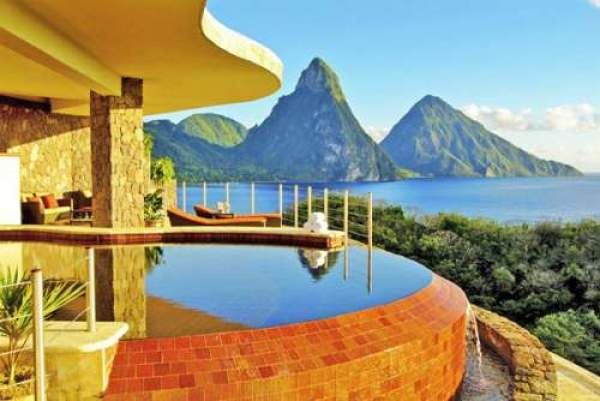 Jade Mountain photo