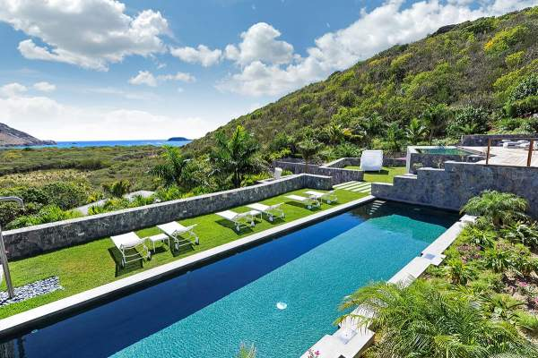 Amazing pool at Dunes Villa