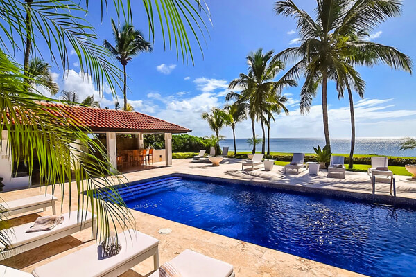 Costa Verde 3 is located in the Casa de Campo Resort on a beautiful stretch of sandy beach