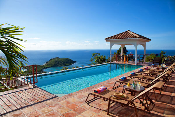 Panache Villa has amazing views over Rendezvous Bay