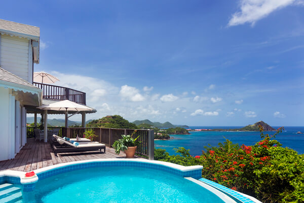 Lemon Tree villa has panoramic views over Anse Du Cap Beach and to Pigeon Island National Park