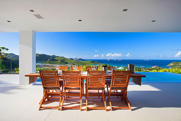 Diamond Villa offers great views over Gustavia