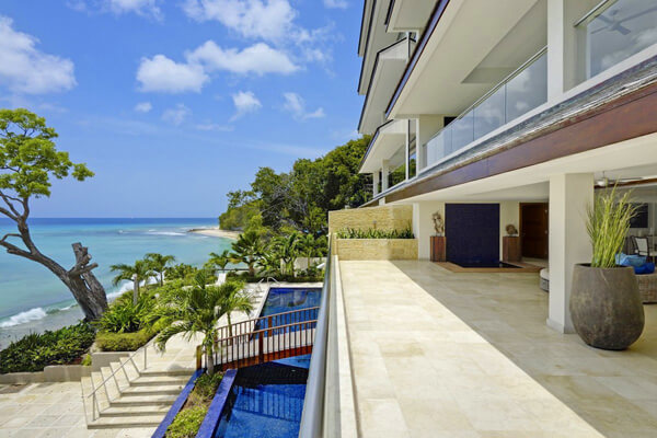 Portico 1 has a beautiful ocean view terrace