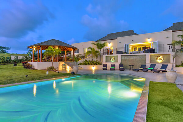 La Maison Michelle is located in Westmoreland near the golf course