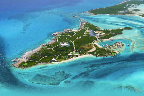 Over Yonder Cay is a spectacular exclusive private island south of Nassau in the Bahamas